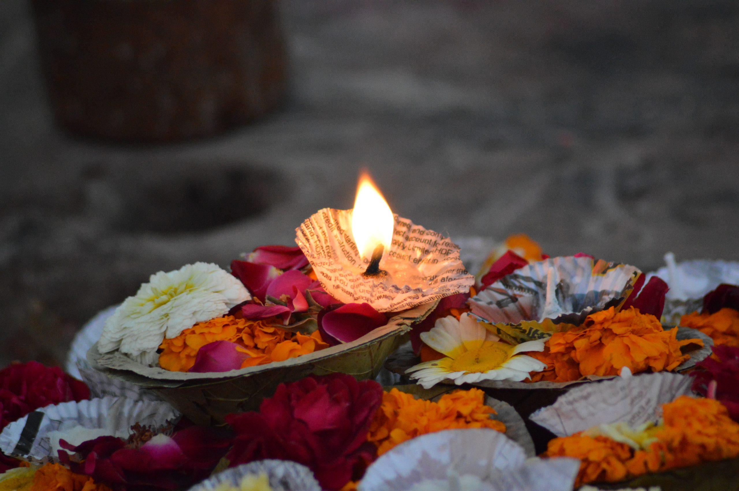 Diwali Essay in Hindi
