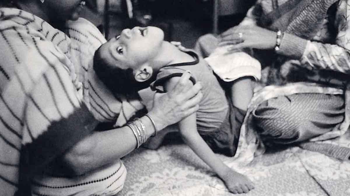 bhopal gas tragedy hindi